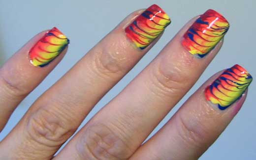 Uñas hippies